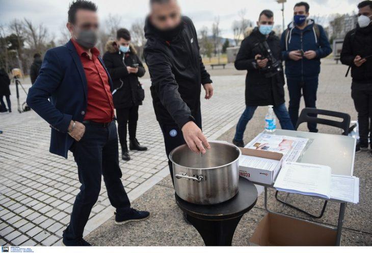 Θεσσαλονίκη επιχειρηματίες: Επαγγελματίες της εστίασης παραδίδουν τα κλειδιά τους – Δεν αντέχουν άλλο