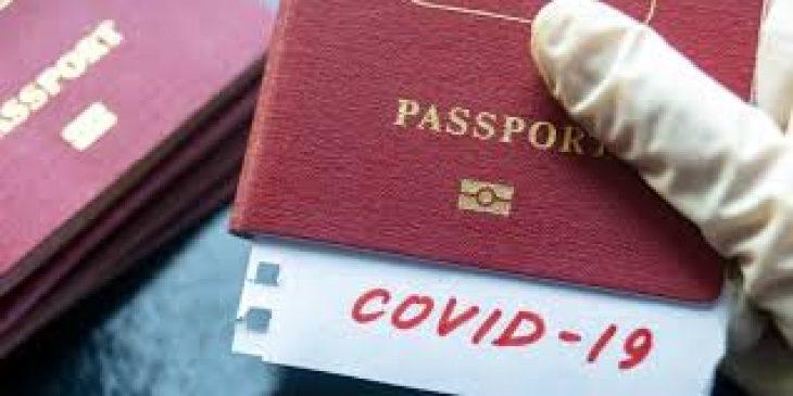 Διαβατήρια εμβολιασμού: Ποια χώρα έχει σκοπό να τα υιοθετήσει
