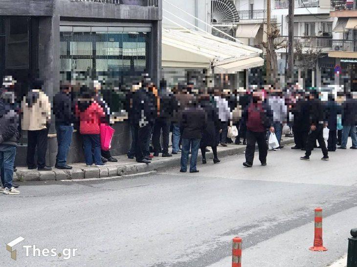 Θεσσαλονίκη δωρεάν φαγητό: Ουρές για δωρεάν φαγητό στην Πολίχνη