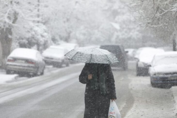 Πρόγνωση καιρού 11/2: Κακοκαιρία με βροχές, καταιγίδες και χιόνια