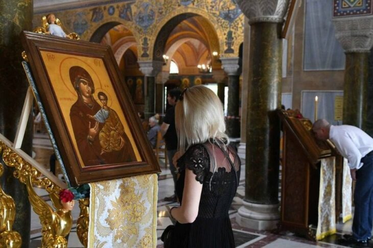 Σοκ στη Θεσσαλονίκη: Κρυφές λίστες πιστών σε εκκλησίες της πόλης