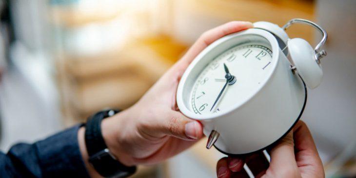 Αλλαγή ώρας: Ποια μέρα του Μαρτίου αλλάζουμε τα ρολόγια μας