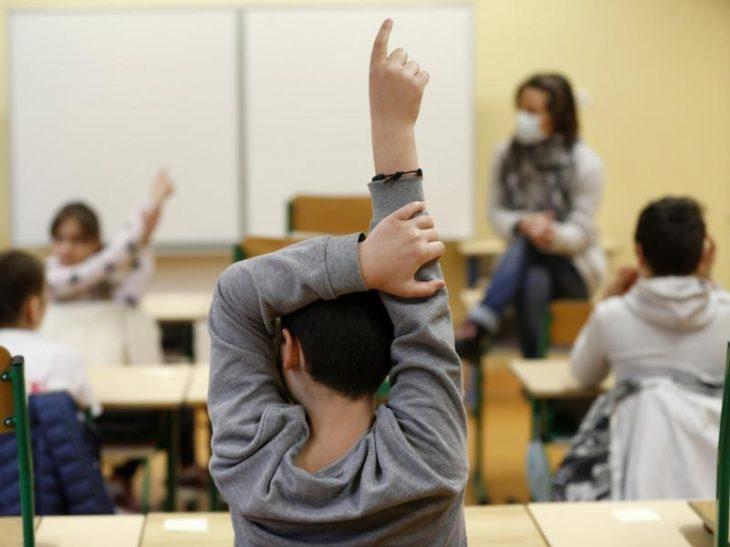 Άνοιγμα σχολείων: Το σχολικό έτος θα παραταθεί τον Ιούνιο