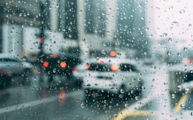 Πρόγνωση καιρού 10/3: Βροχές, καταιγίδες και χιόνια στα ορεινά σήμερα