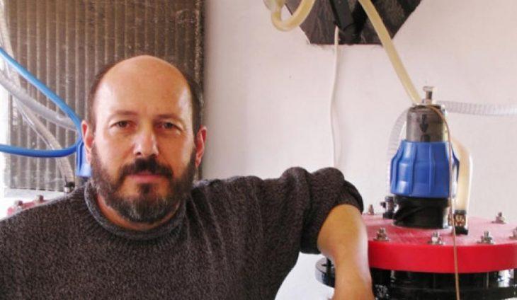 Κρητικός εφευρέτης παράγει δωρεάν καύσιμα από το νερό, απομονωμένος στο Ηράκλειο