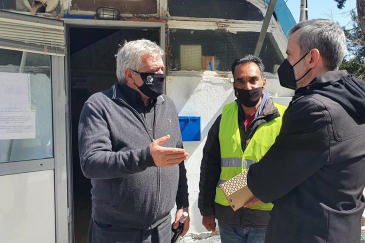 Θεσσαλονίκη: Εργαζόμενος του δήμου παρέδωσε τσάντα με 1.000 ευρώ