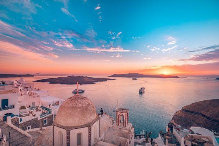 Άνοιγμα τουρισμού: Τουρίστες χωρίς καραντίνα θα δέχεται η Ελλάδα
