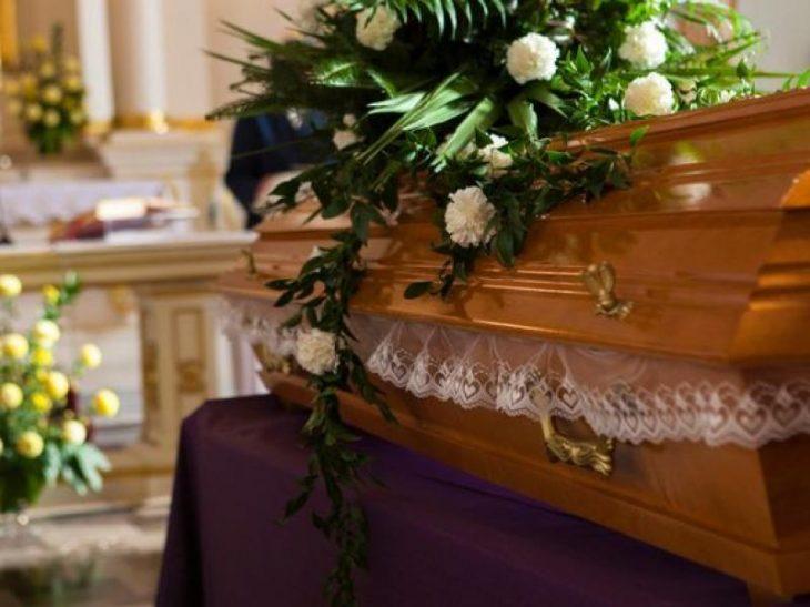 Μεσαρά Κρήτης: Θετική στον κορονοϊό η οικογένεια του νεκρού σε κηδεία