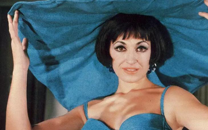 Μάρθα Καραγιάννη: «Είμαι μια πανέμορφη γριούλα 82 ετών, απλά δεν μου φαίνεται»
