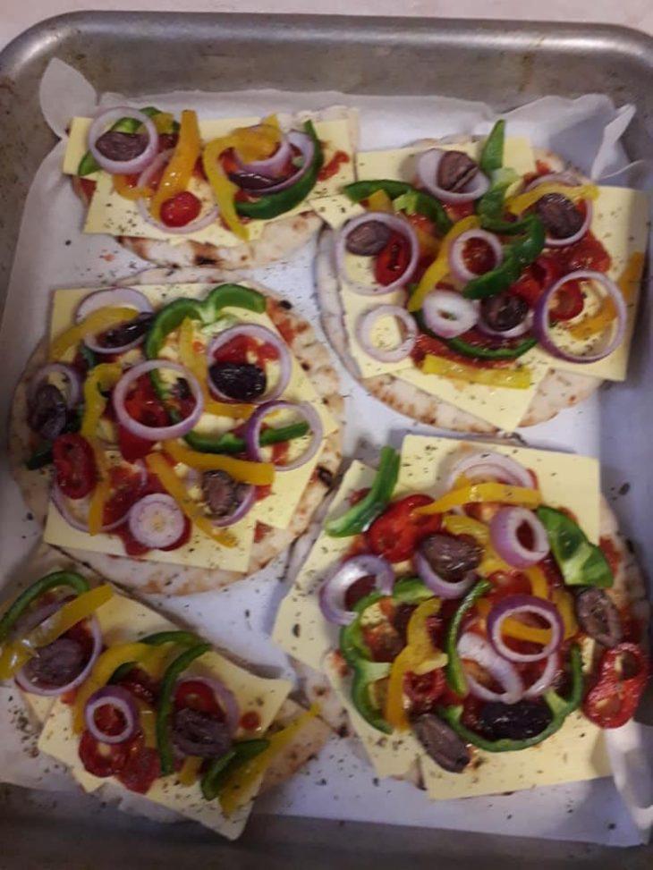 Νηστίσιμη πίτσα χωρίς λάδι για τη Μεγάλη Εβδομάδα