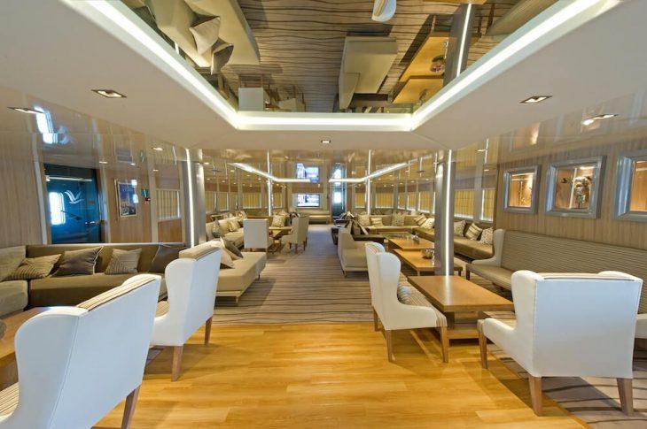 Variety Cruises: Ξεκινούν στις 14 Μαΐου οι κρουαζιέρες στα ελληνικά νησιά