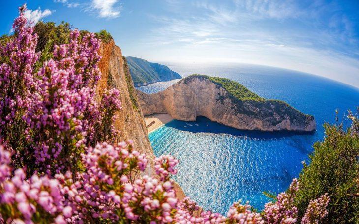 Βρετανία τουρισμός: Αυτά είναι τα 5 ελληνικά νησιά για ασφαλείς διακοπές