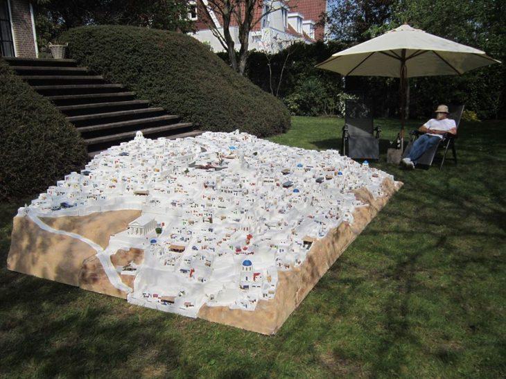 Σαντορίνη Μινιατούρα: Φιλλέληνας Ολλανδός την έφτιαξε στον κήπο του