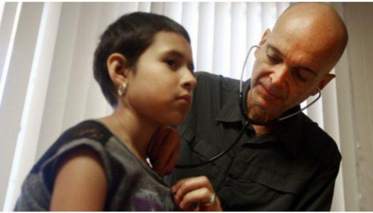 Εμμανουήλ Κατσάνης: Ο Έλληνας γιατρός από τη Νάξο που βρήκε το φάρμακο για τη λευχαιμία