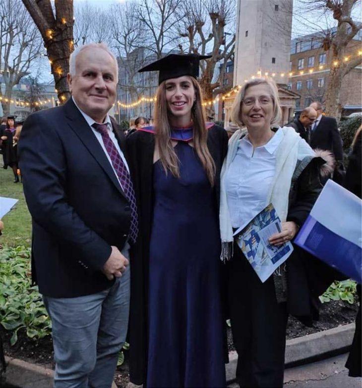 Άννα Ντουντουνάκη: Η απόφοιτος της Νομικής από τα Χανιά που κατέκτησε την Ευρώπη στην κολύμβηση