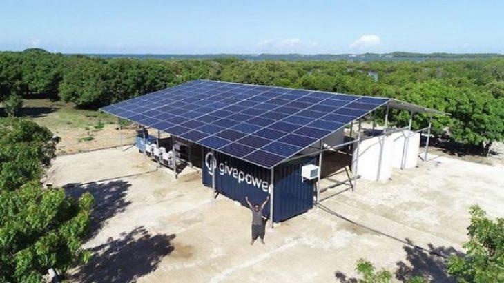 Κένυα: Ηλιακό εργοστάσιο μετατρέπει το θαλασσινό νερό σε πόσιμο