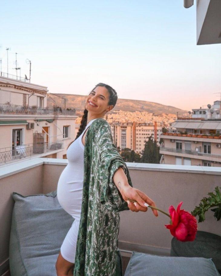 Χριστίνα Μπόμπα: Έκπληξη από τις φίλες της, λίγο πριν γίνει μητέρα