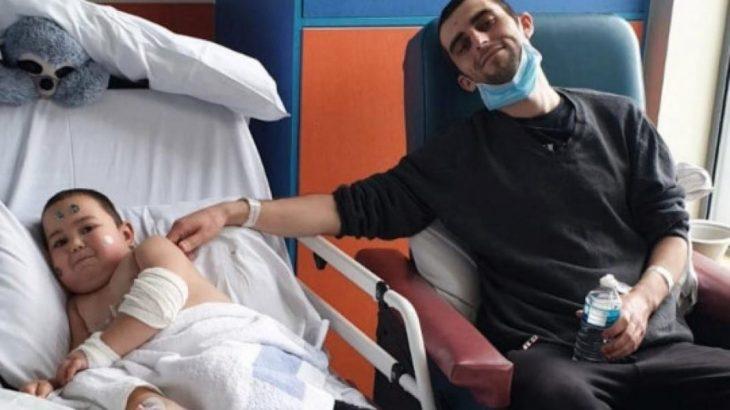 Πατέρας :δώρισε το νεφρό του στο 4χρονο αγοράκι