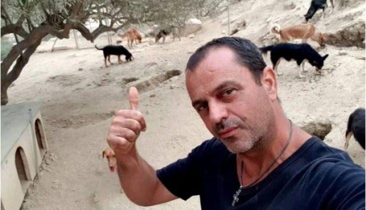 Τάκης Προεστάκης: Άφησε πίσω του τη νύχτα και ξόδεψε πάνω από 180.000 ευρώ για να σώσει τα αδέσποτα