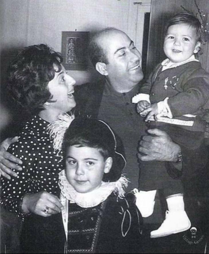 Θανάσης Βέγγος : Η σπάνια φωτογραφία με την οικογένειά του