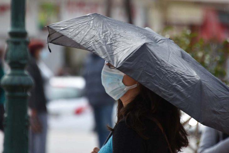 Έκτακτο δελτίο επιδείνωσης καιρού: Βροχές και καταιγίδες σήμερα Σάββατο 15/5