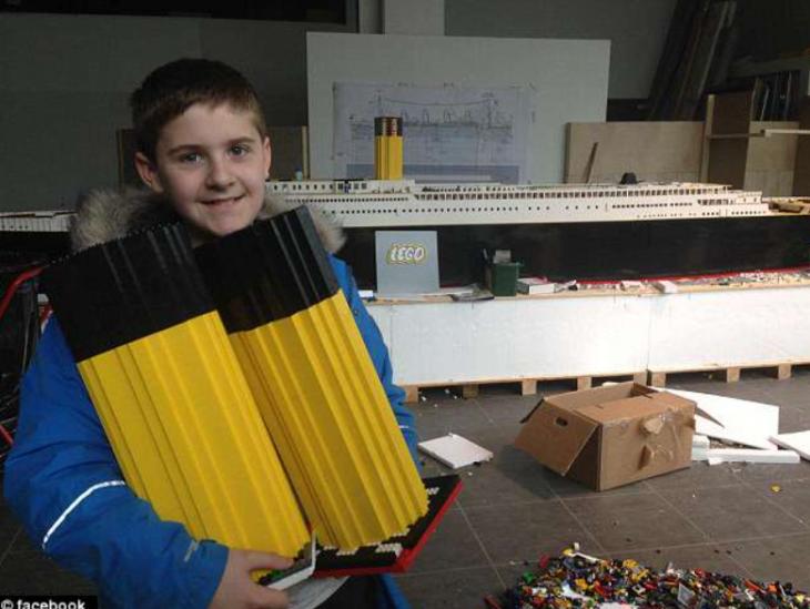 Πιτσιρίκος 15 ετών με αυτισμό, δημιούργησε τον Τιτανικό με τουβλάκια Lego
