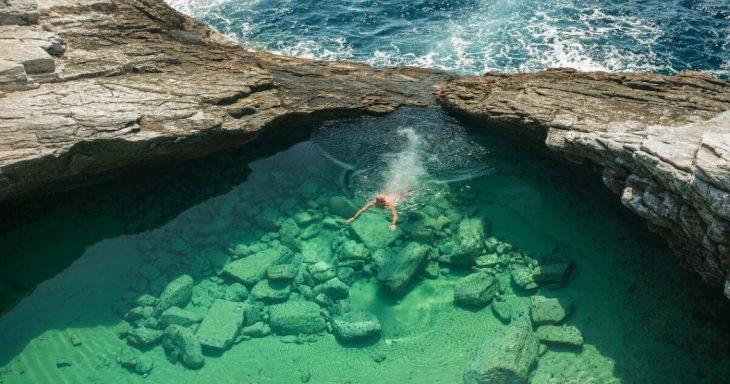 Καλύτερες παραλίες στην Ελλάδα: Οι 8 κορυφαίες επιλογές