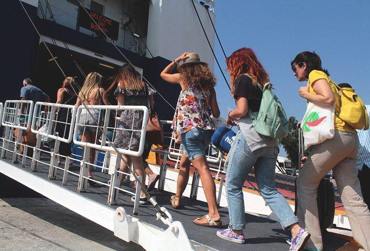 Νίκος Χαρδαλιάς: Οι 4 νέες αλλαγές για ταξίδια με πλοίο από τις 7 Ιουνίου