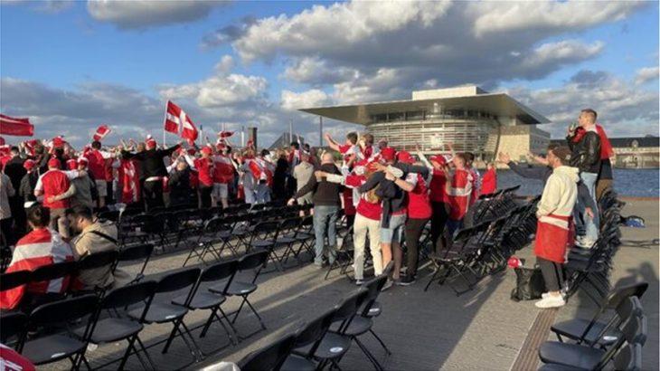Συγκινητικό βίντεο: Οι Φινλανδοί φώναζαν «Κρίστιαν», οι Δανοί απαντούσαν «Έρικσεν»
