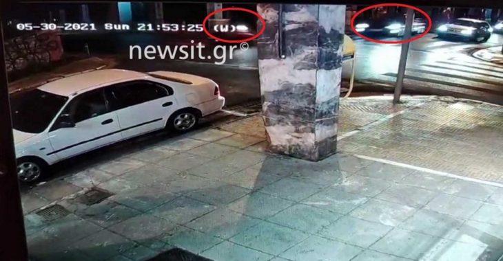 Τροχαίο Αθήνα: Ντελιβεράς εκσφενδονίζεται από αυτοκίνητο