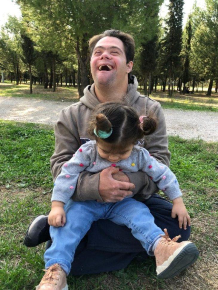 Γιώργος και Νίκος: Δύο αχώριστα αδέρφια, ο ένας με σύνδρομο Down