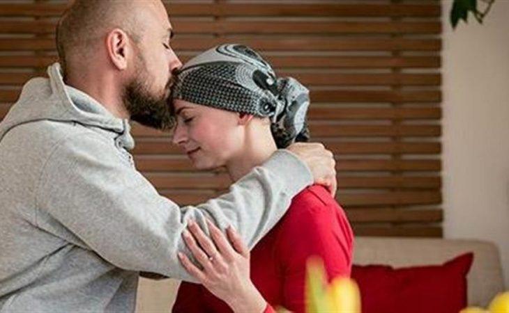 Αληθινή ιστορία: «Έπρεπε να γίνω εσύ όσο έκανες χημειοθεραπείες για να καταλάβω πραγματικά πόσα μας δίνεις»