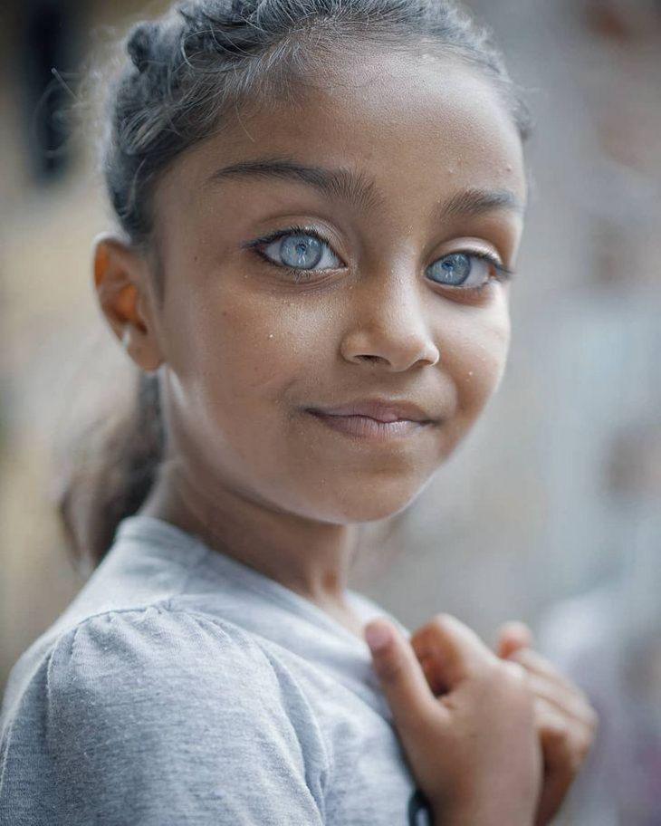 Φωτογράφος: καταγράφει την ομορφιά των παιδικών ματιών που λάμπουν σαν πολύτιμοι λίθοι