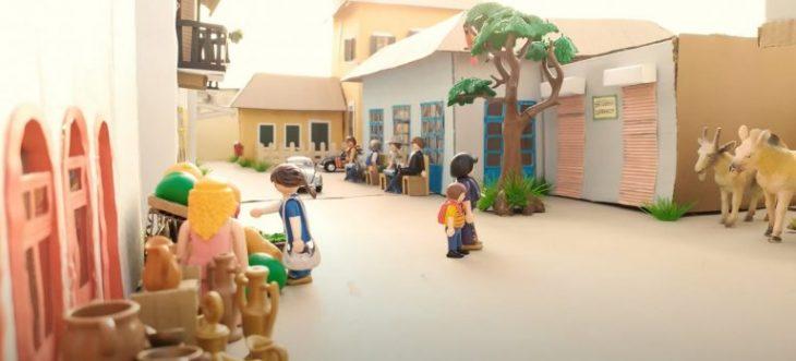 Άγριες Μέλισσες: Το χωριό της αγαπημένης σειράς μεταμορφώθηκε και σε Playmobil