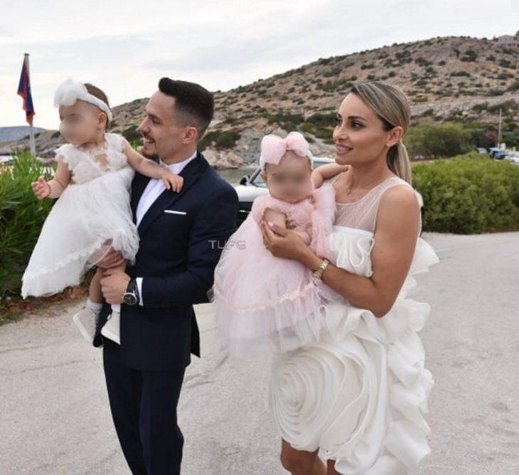 Λευτέρης Πετρούνιας – Βασιλική Μιλλούση: Βάπτισαν σήμερα τις κόρες τους σε μια υπέροχη τελετή
