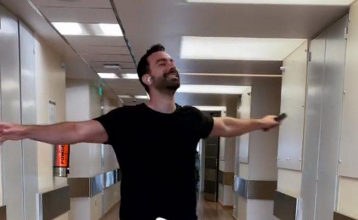 Σάκης Τανιμανίδης: Χορεύει για τις κόρες του