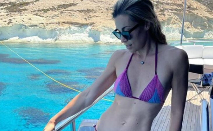 Mαριέττα Χρουσαλά: Σάλος με τη φωτογραφία της με μαγιό στο Instagram