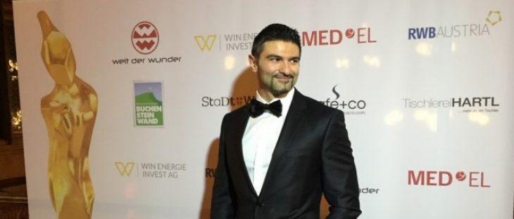 Γιώργος Βρακάς: Ο Έλληνας γιατρός που κατέκτησε το παγκόσμιο βραβείο μεταμοσχεύσεων