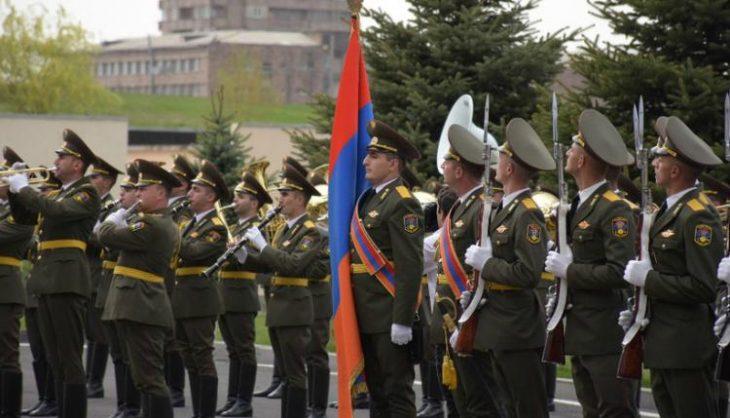 Αρμένιοι: Τραγουδούν στην Τουρκία «Η Ελλάδα ποτέ δεν πεθαίνει, δεν τη σκιάζει φοβέρα καμιά»