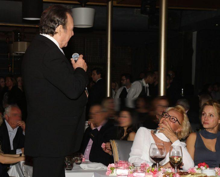 """Βοσκόπουλος - Λάσκαρη: Ο θυελλώδης έρωτας, ο λόγος του χωρισμού και το τραγούδι """"τα λόγια είναι περιττά"""""""