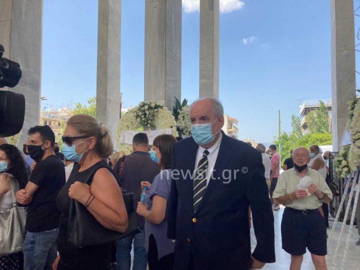 Τόλης Βοσκόπουλος κηδεία: Το τελευταίο αντίο στον «Πρίγκιπα» του ελληνικού τραγουδιού