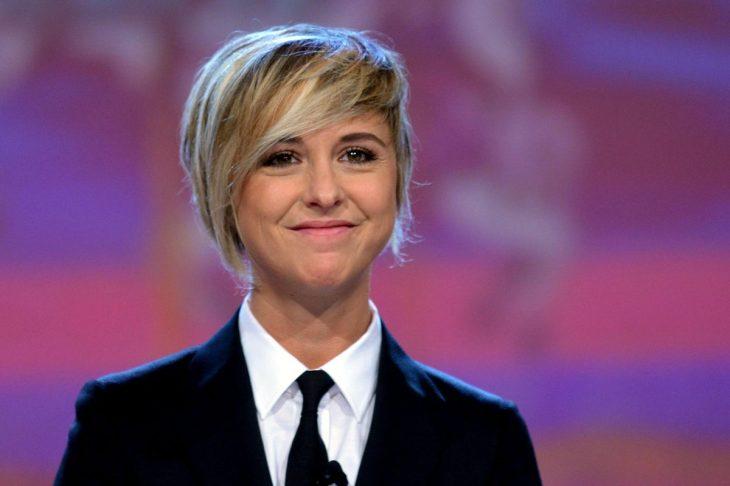 Ιταλίδα τηλεοπτική παρουσιάστρια: «Έχω καρκίνο και φοράω περούκα. Δεν πρέπει να ντρεπόμαστε»