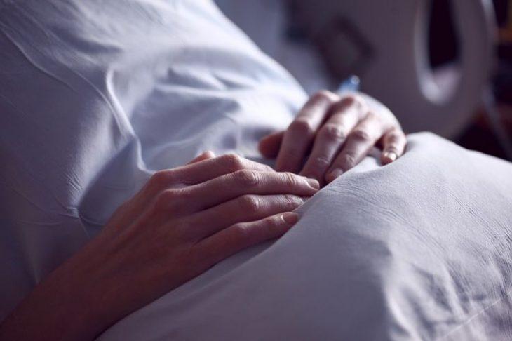 """Εξομολόγηση μητέρας: """"Μακάρι ο 3χρονος γιος μου να πέθαινε στον ύπνο του"""""""