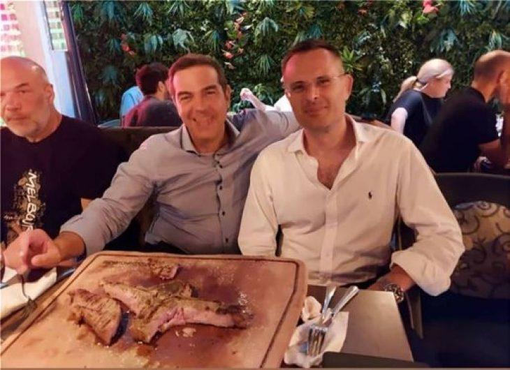 Αλέξης Τσίπρας: Το δείπνο στα στελέχη του ΣΥΡΙΖΑ, και η ατάκα για το κρέας και την μπριζόλα που τον εντυπωσίασε