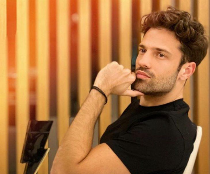 Κωνσταντίνος Αργυρός: Θα προσφέρει τα έσοδα των συναυλιών του για να βοηθήσει τους πυρόπληκτους