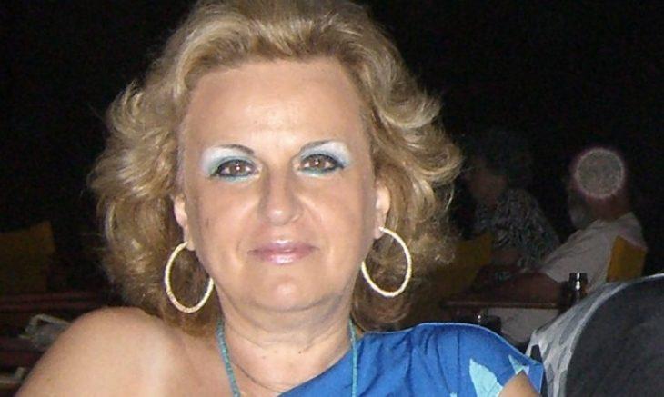 Ματίνα Παγώνη: «Ο άντρας μου είναι γιατρός, χρόνο για παιδιά δεν είχαμε. Φοράω μίνι και βάφομαι από 17 ετών»