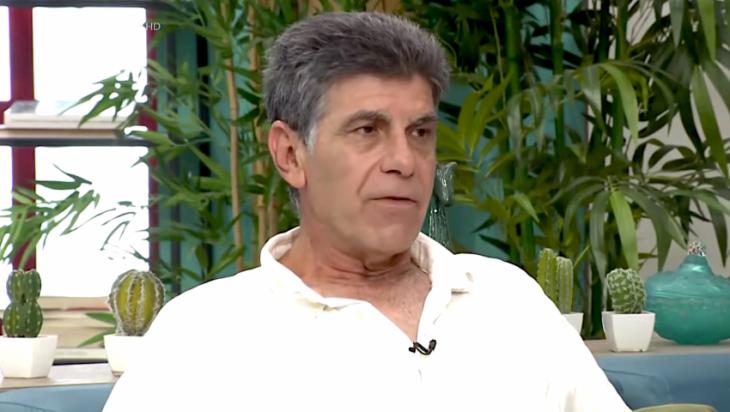 Γιάννης Μπέζος: Καταπέλτης για τα εμβόλια στην Ελλάδα