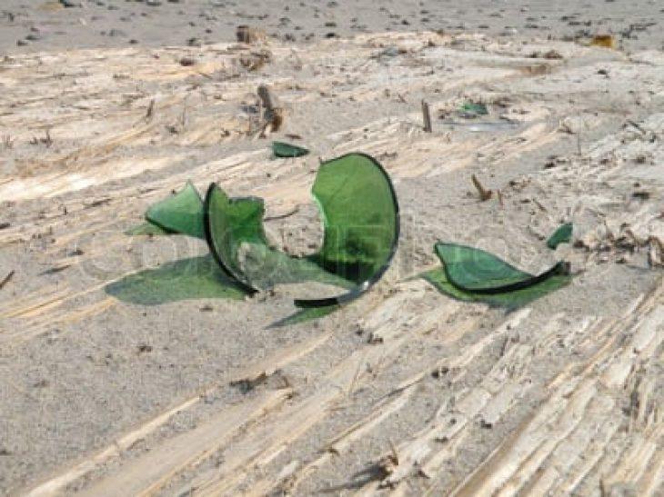 Παραλία: Τι να κάνεις αν πατήσεις αχινό, δράκαινα, τενεκεδάκι ή γυαλί;