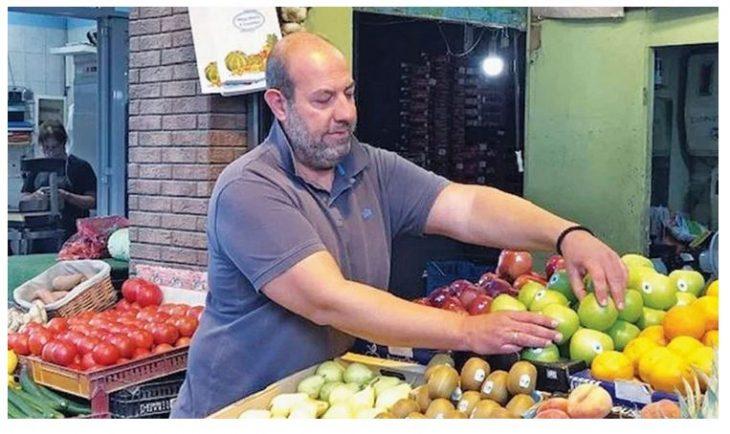Μανάβης στη Θεσσαλονίκη αφήνει φρούτα και λαχανικά σε παγκάκι για ανθρώπους που έχουν ανάγκη