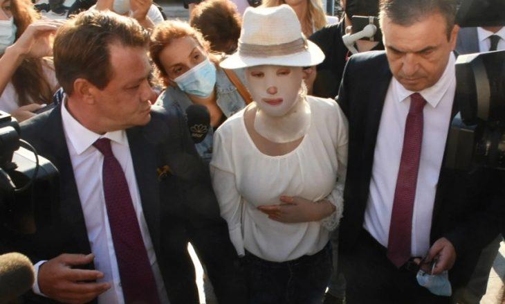 Με ειδική μάσκα στην άφιξή της στο δικαστήριο η Ιωάννα Παλιοσπύρου – Συγκλονιστικές στιγμές για όλη την Ελλάδα
